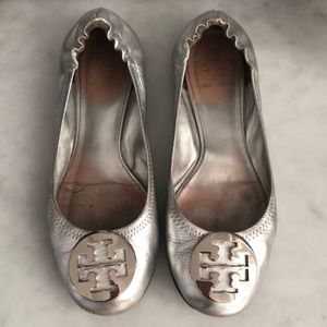 Tory Burch Ballet Flats, Silver, Size 7.5, Used